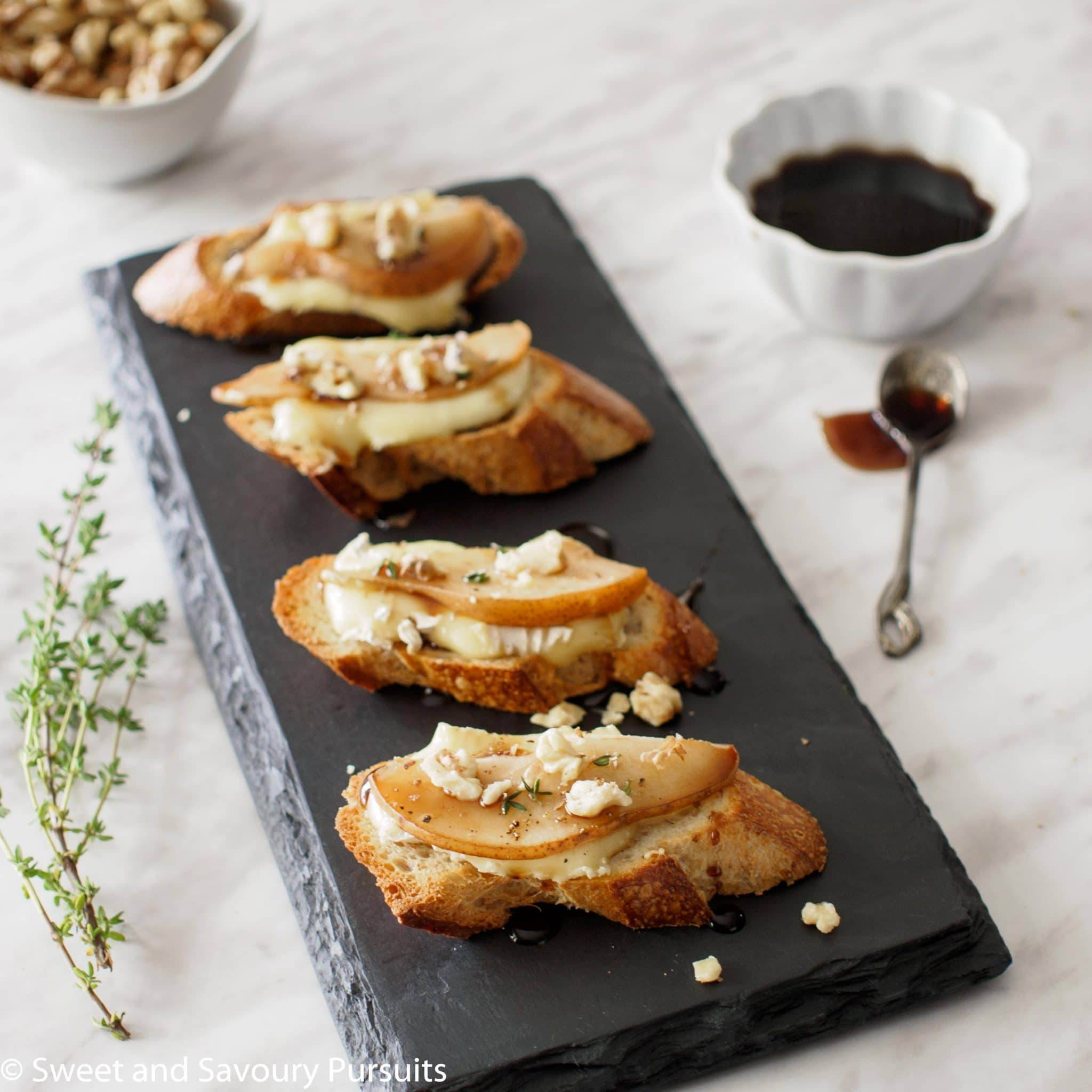 ... toasted walnuts crostini with brie dates and toasted walnuts recipes