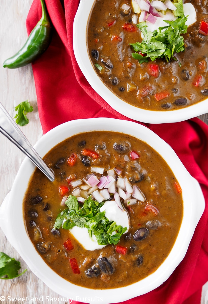 Easy Black Bean Soup - Sweet and Savoury Pursuits