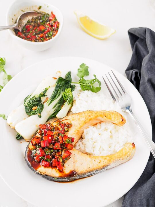 Plate of Thai Baked Salmon with Cilantro-Chili Sauce.